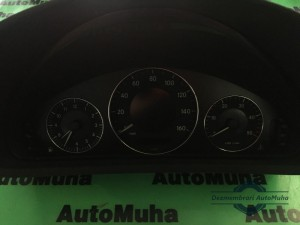 Ceasuri bord Mercedes